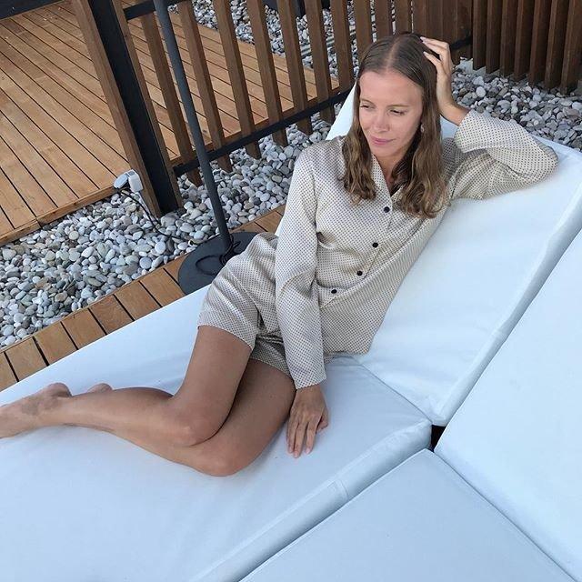 12⠀STOREEZ Комплект: Блуза с шортами в горох