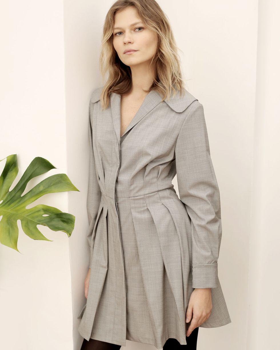 12Storeez Платье мини с плиссированной юбкой (серый) платье полуприлегающее с шифоновой юбкой