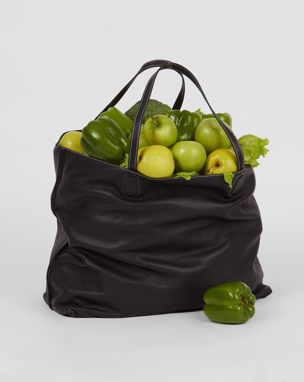 Сумка-шопер из кожи большая One sizeАксессуары<br><br><br>Артикул: 1059811426<br>Размер: One size<br>Цвет: Черный<br>Новинка: НЕТ<br>Наименование en: Maxi shopper bag
