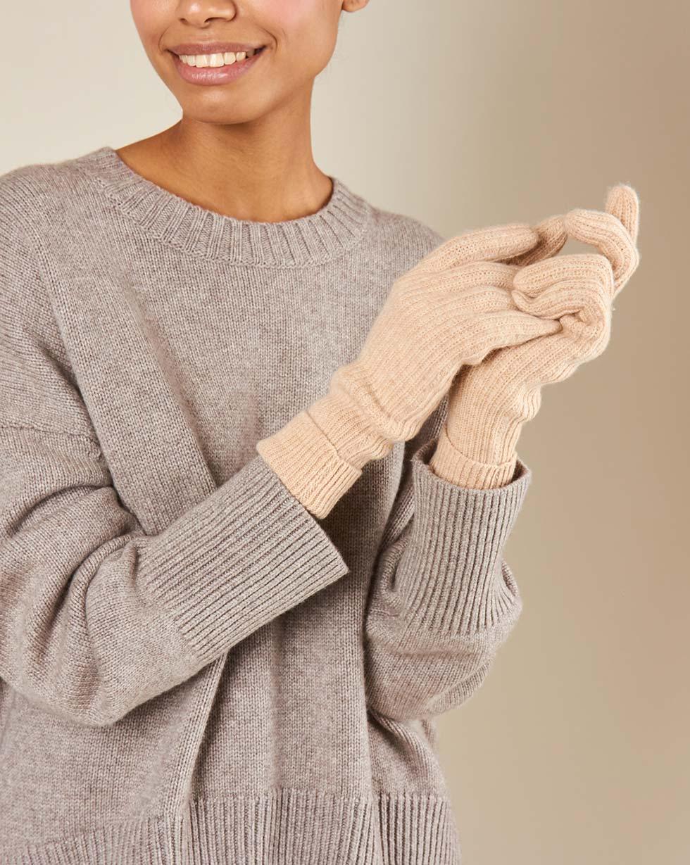 12Storeez Перчатки (бежевый) FW18-19 12storeez мягкие тканевые плечики персиковый