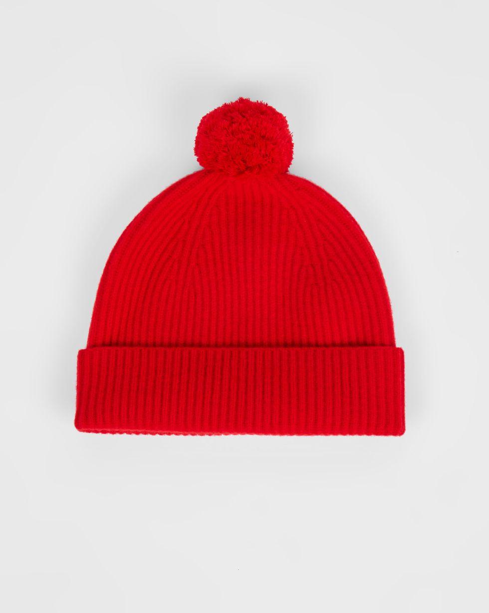 Шапка с помпоном One sizeАксессуары<br><br><br>Артикул: 80010540<br>Размер: One size<br>Цвет: Красный<br>Новинка: НЕТ<br>Наименование en: Pompom knit beanie hat