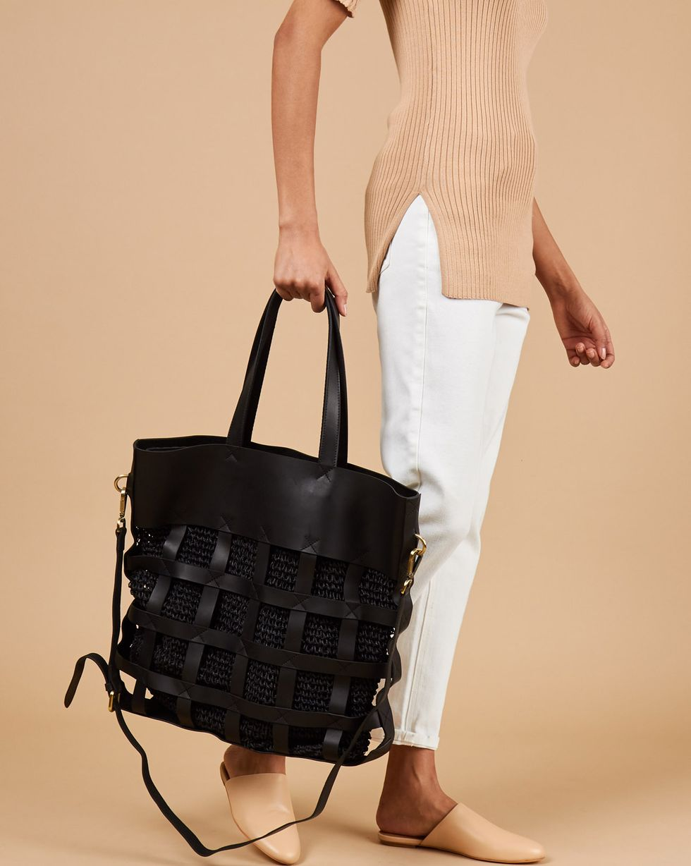 12Storeez Сумка-шопер комбинированная (черная) 12storeez блуза с бантом в горох черная