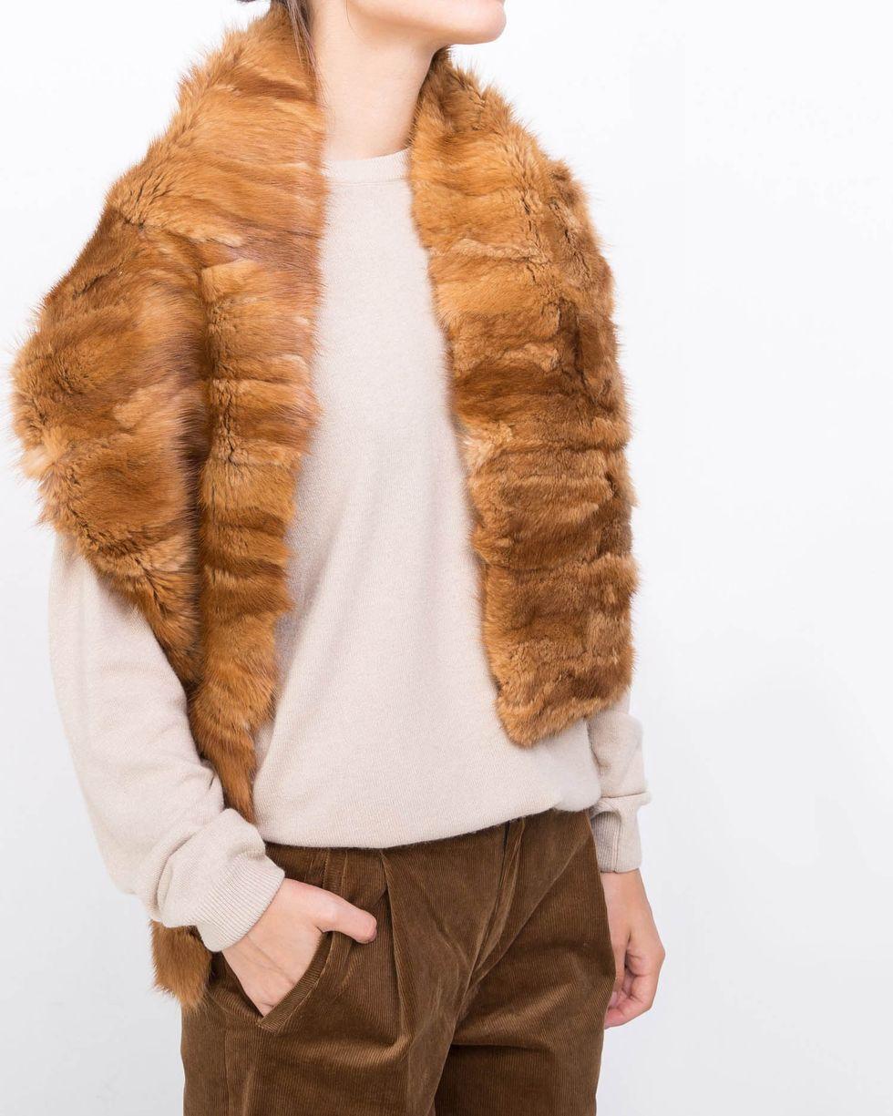 Шарф норковый One sizeаксессуары<br><br><br>Артикул: 8002493<br>Размер: One size<br>Цвет: Рыжий<br>Новинка: НЕТ<br>Наименование en: Mink fur scarf