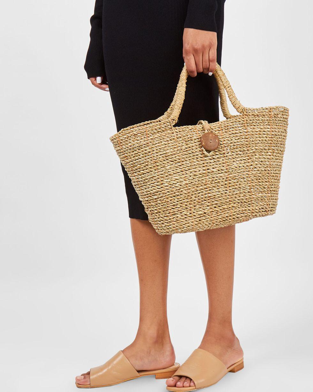 Сумка-корзинка мини miniАксессуары<br><br><br>Артикул: 8009798<br>Размер: mini<br>Цвет: Натуральный<br>Новинка: НЕТ<br>Наименование en: Mini basket bag