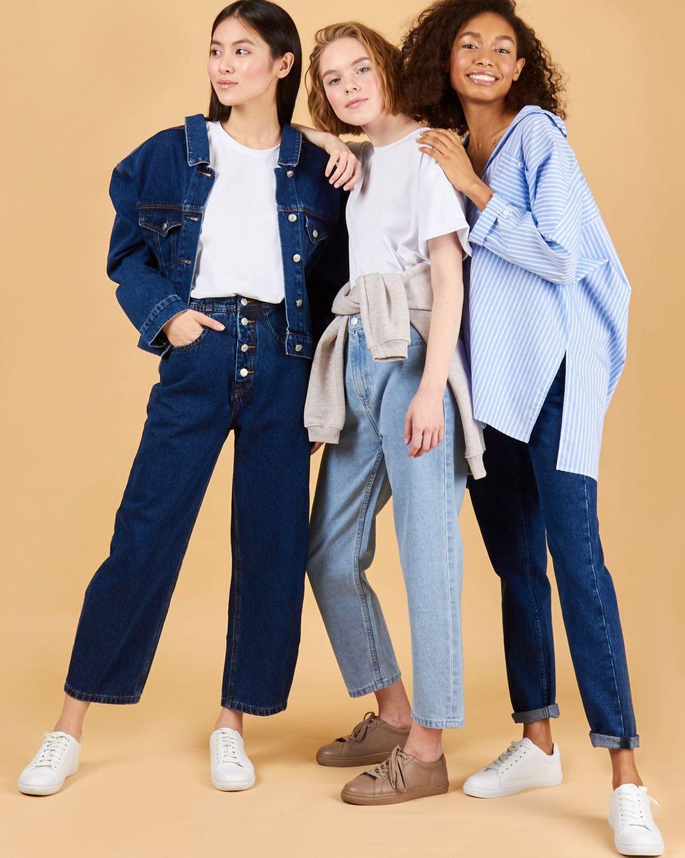 Джинсы широкие укороченные LБрюки<br><br><br>Артикул: 220812794<br>Размер: L<br>Цвет: Голубой<br>Новинка: НЕТ<br>Наименование en: Cropped wide-leg jeans