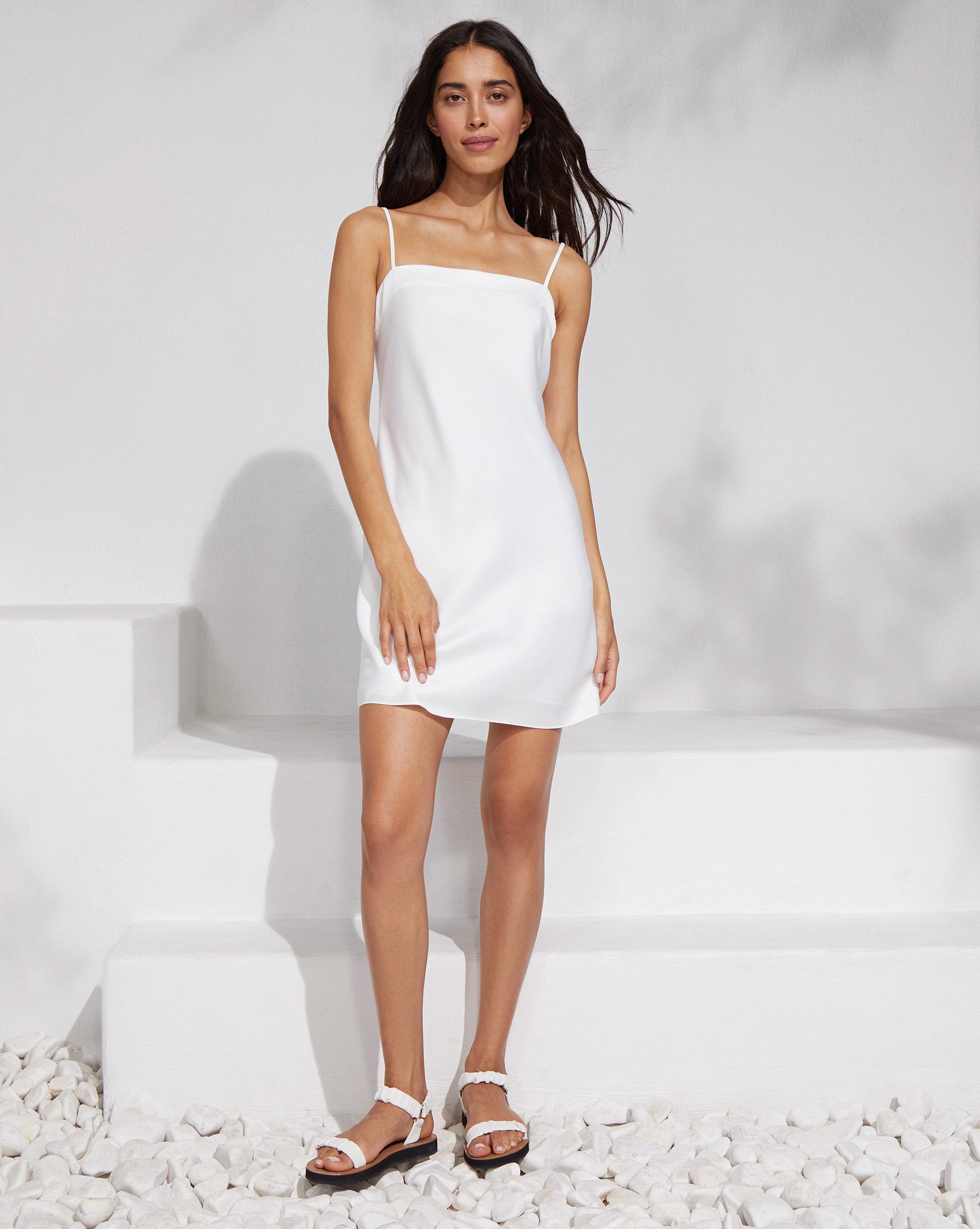 12⠀STOREEZ Платье на тонких бретелях