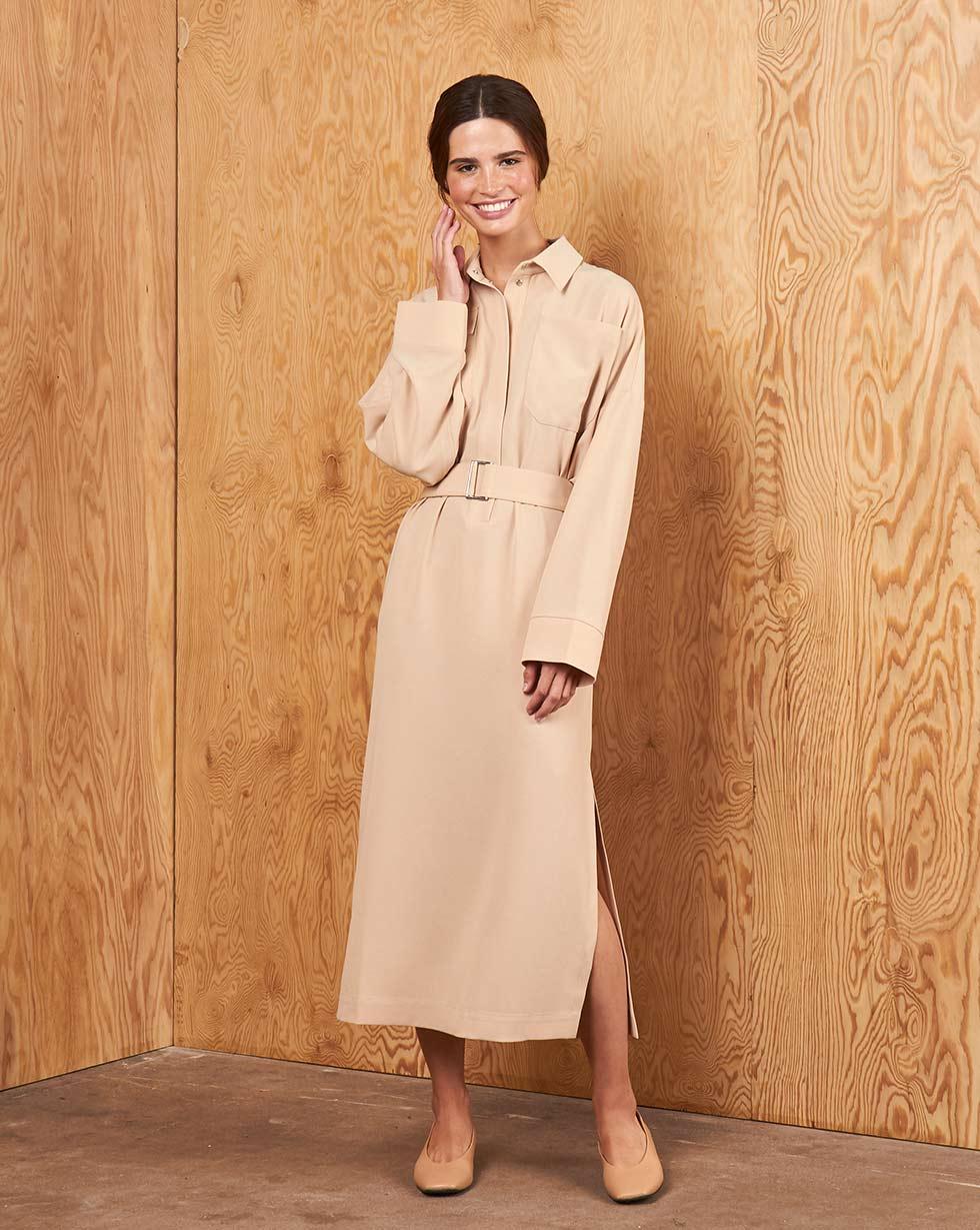 12Storeez Платье прямое с накладными карманами и поясом (Бежевое) все цены