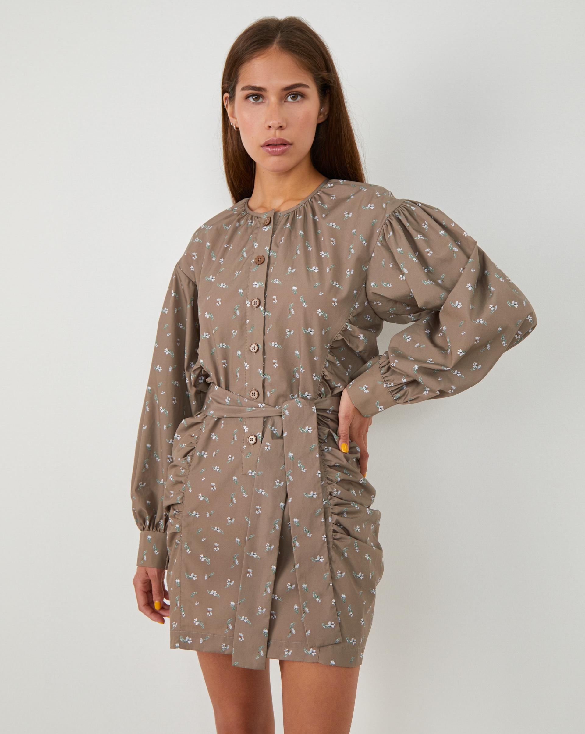 12⠀STOREEZ Платье мини с объемными рукавами