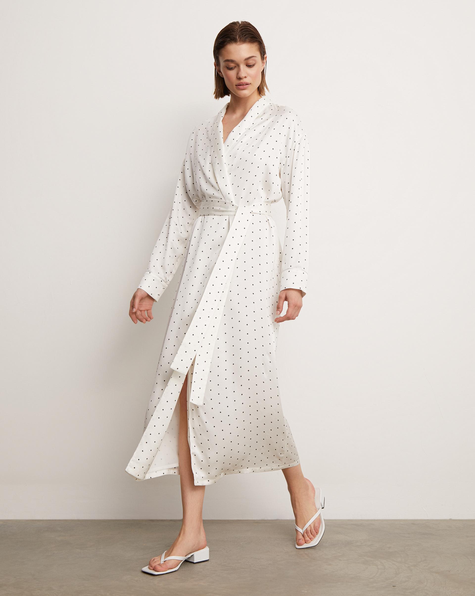 12⠀STOREEZ Платье-халат
