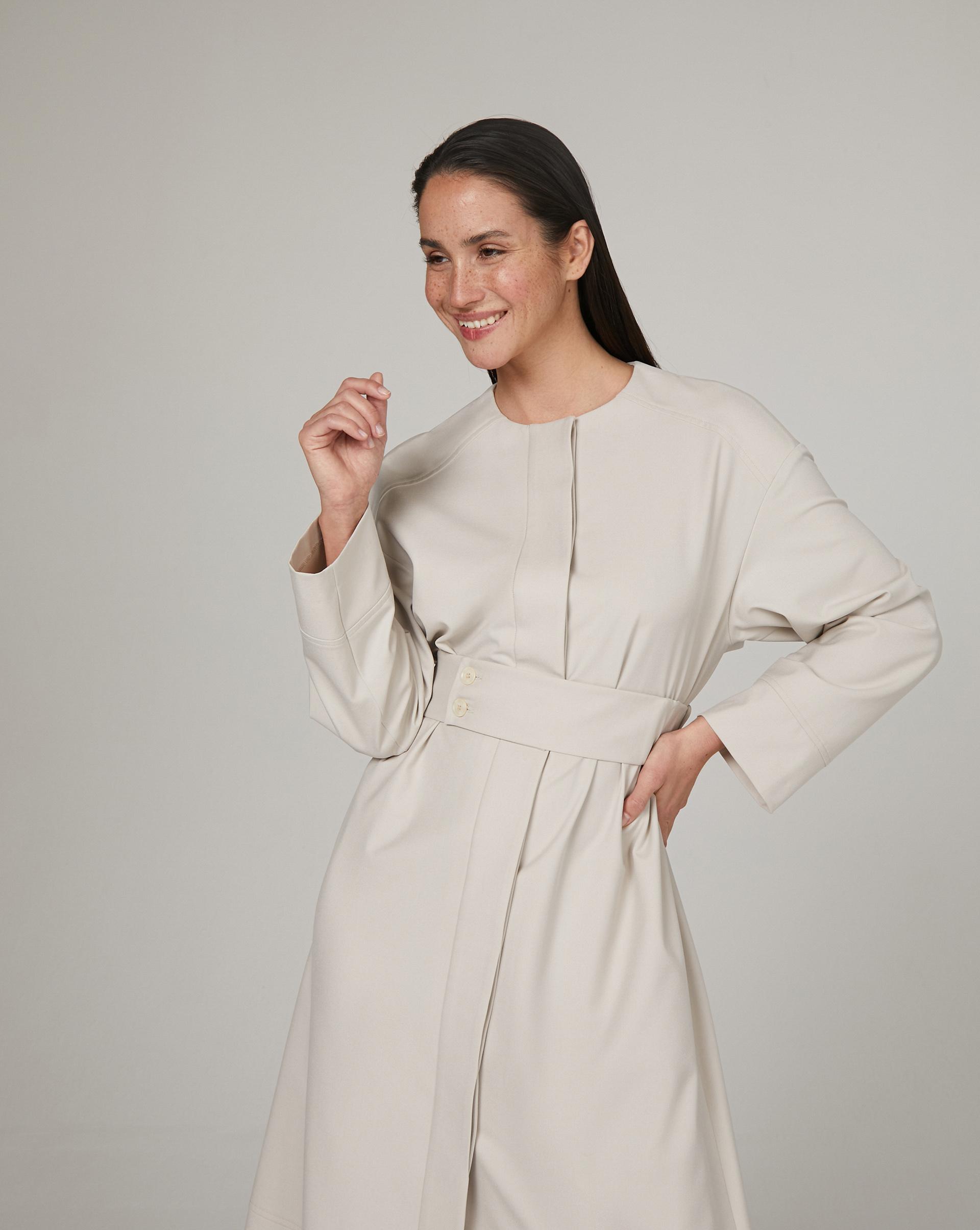 12⠀STOREEZ Платье с отлетной кокеткой