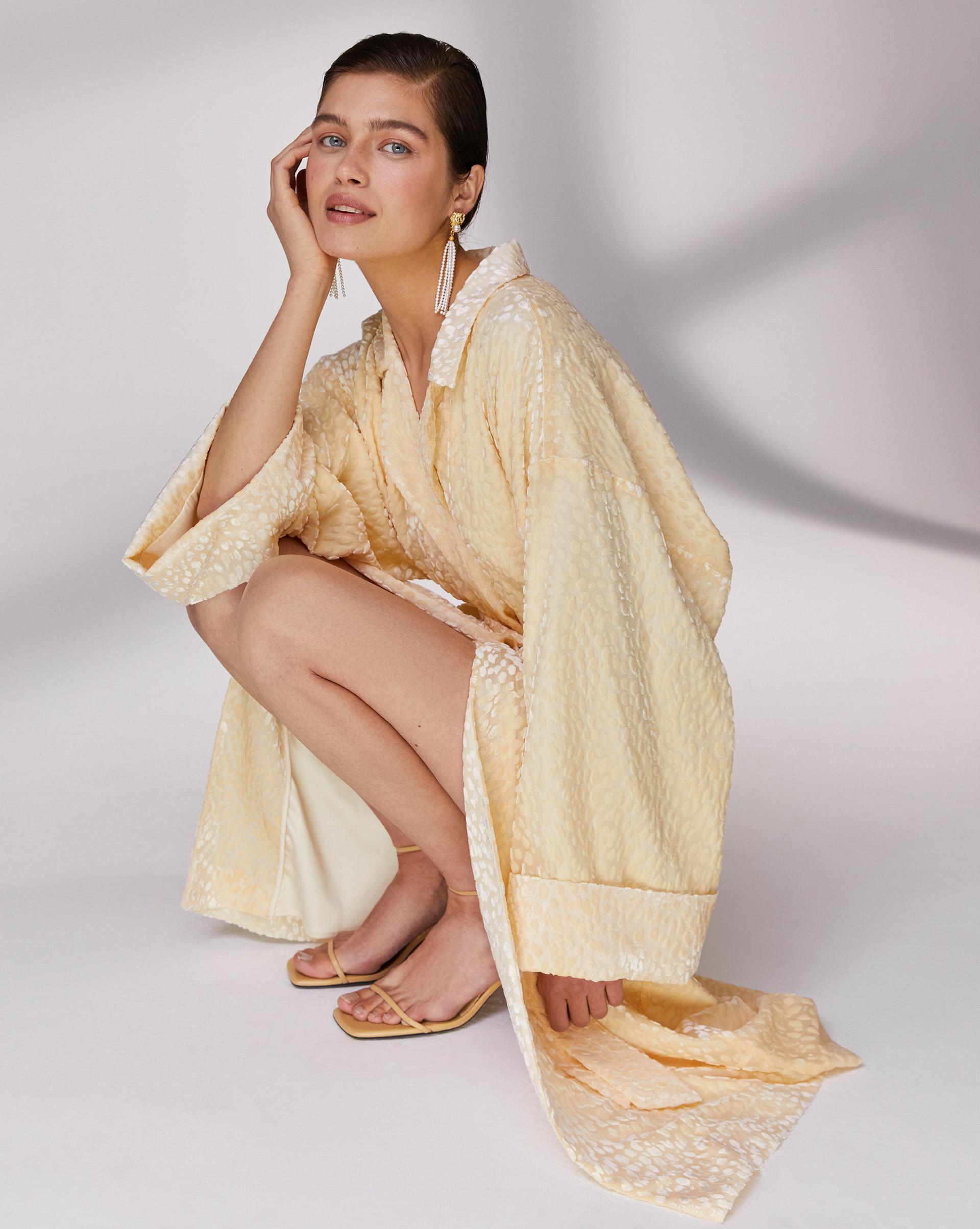 12⠀STOREEZ Платье-кимоно
