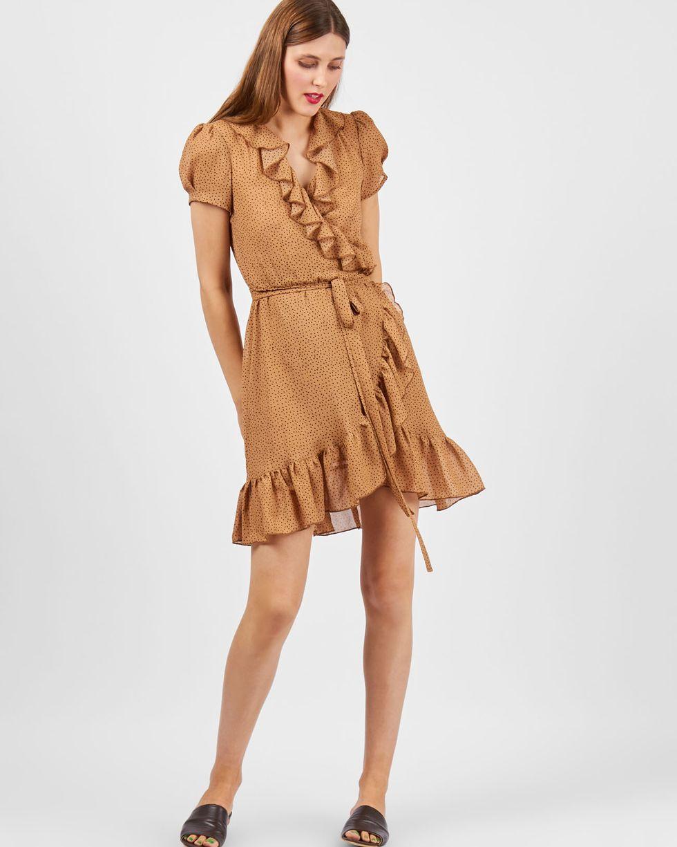 Платье с запахом в горошек из шифона SПлатья<br><br><br>Артикул: 82910108<br>Размер: S<br>Цвет: Бежевый<br>Новинка: ДА<br>Наименование en: Polka dot fold-over dress