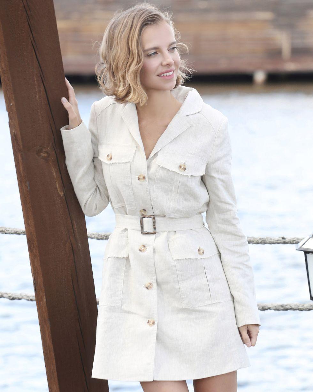 Платье-пиджак с карманами SПлатья<br><br><br>Артикул: 82910166<br>Размер: S<br>Цвет: Молочный<br>Новинка: НЕТ<br>Наименование en: Jacket dress