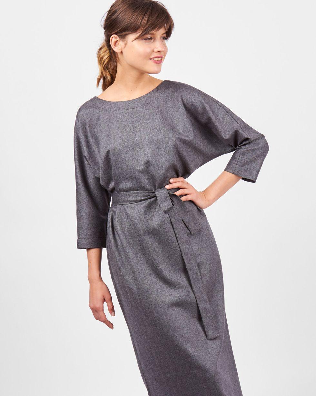 Платье миди с вырезом и пуговицами сзади SПлатья<br><br><br>Артикул: 82910211<br>Размер: S<br>Цвет: Темно-серый<br>Новинка: НЕТ<br>Наименование en: Back v-neck midi dress