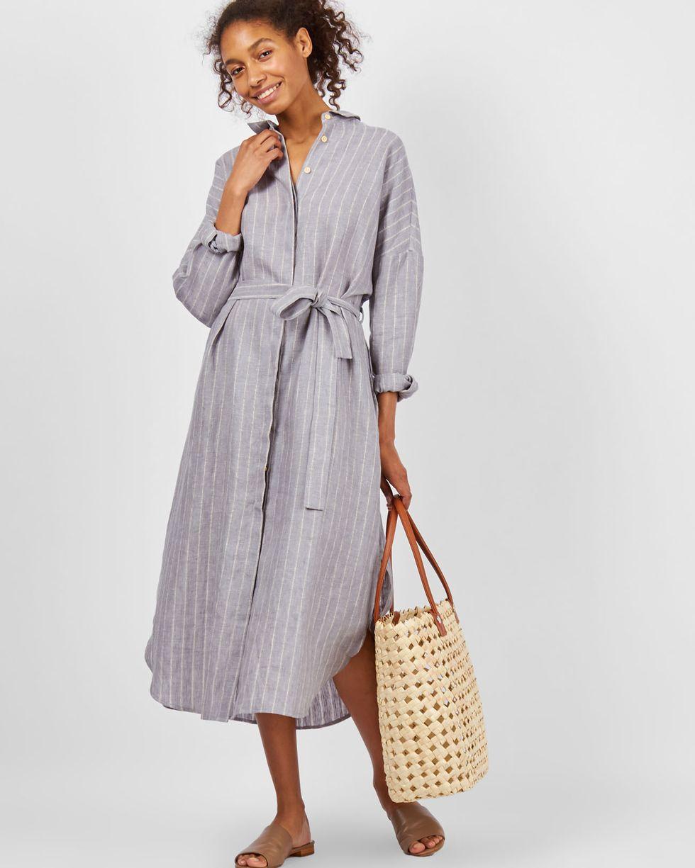 Платье-рубашка на поясе изо льна One sizeПлатья<br><br><br>Артикул: 82910250<br>Размер: One size<br>Цвет: Серый<br>Новинка: НЕТ<br>Наименование en: Belted shirt dress