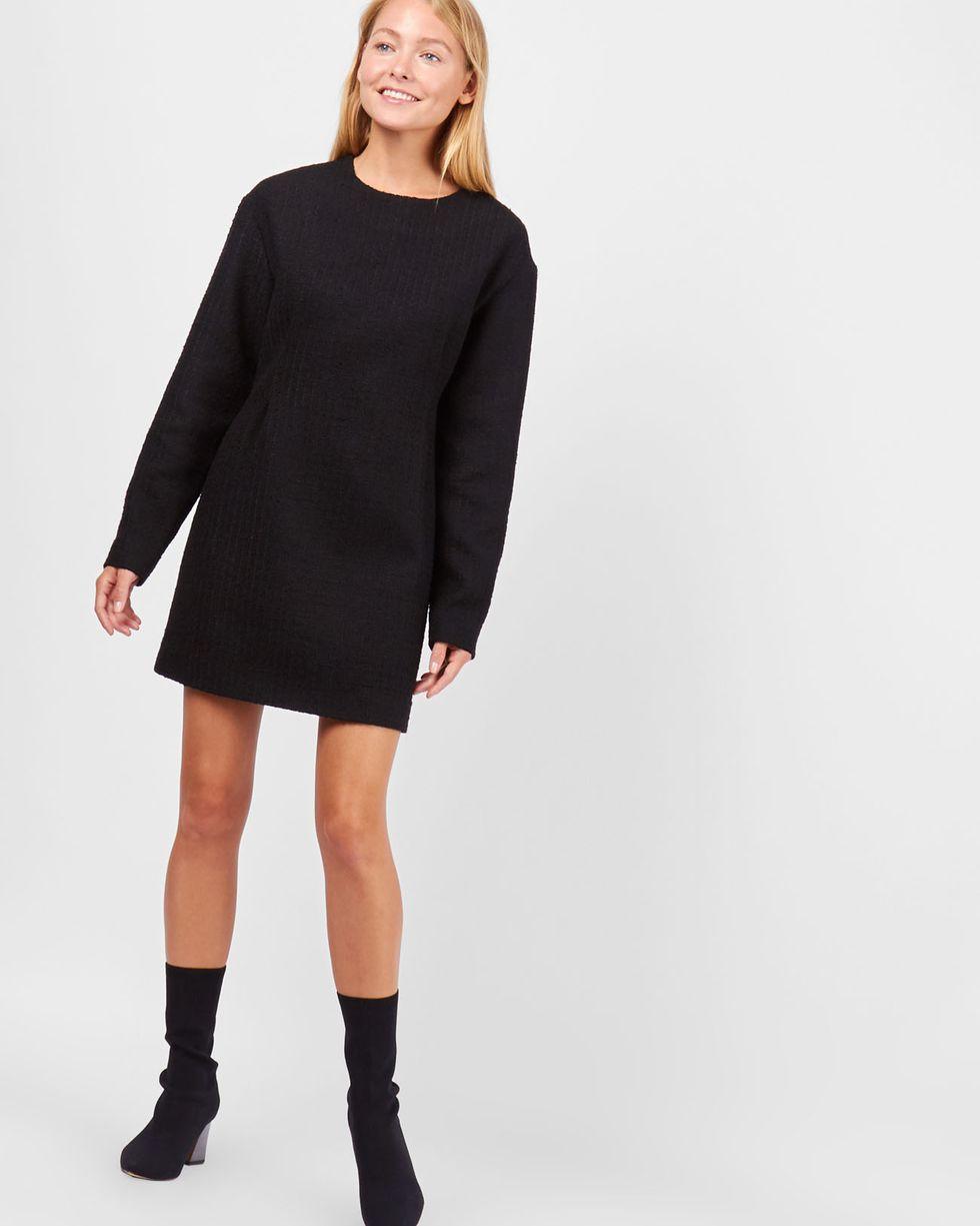 Платье мини из хлопка MПлатья<br><br><br>Артикул: 82910558<br>Размер: M<br>Цвет: Черный<br>Новинка: НЕТ<br>Наименование en: Textured cotton mini dress
