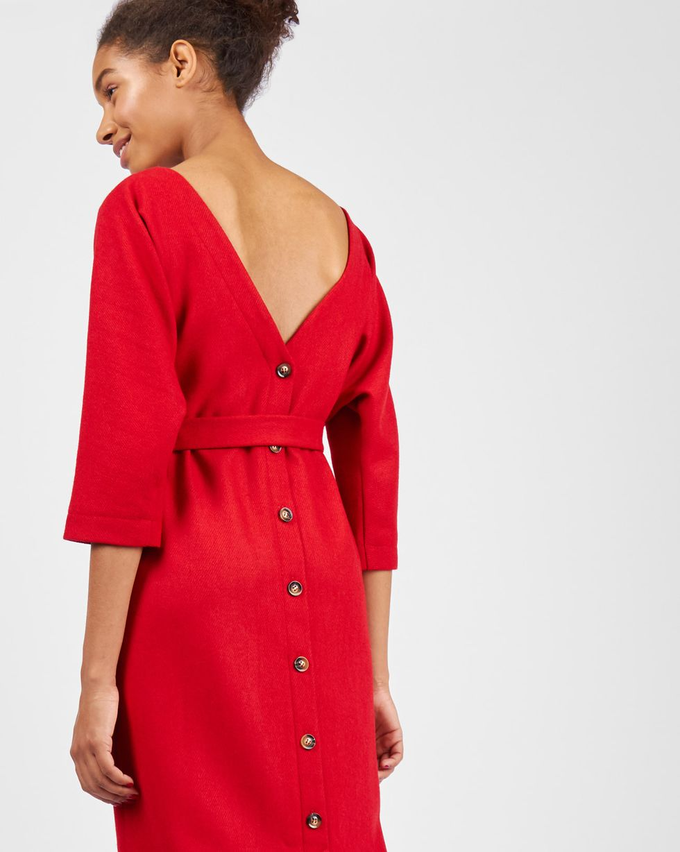 Платье миди с вырезом и пуговицами сзади XSПлатья<br><br><br>Артикул: 82910702<br>Размер: XS<br>Цвет: Красный<br>Новинка: НЕТ<br>Наименование en: Back v-neck midi dress