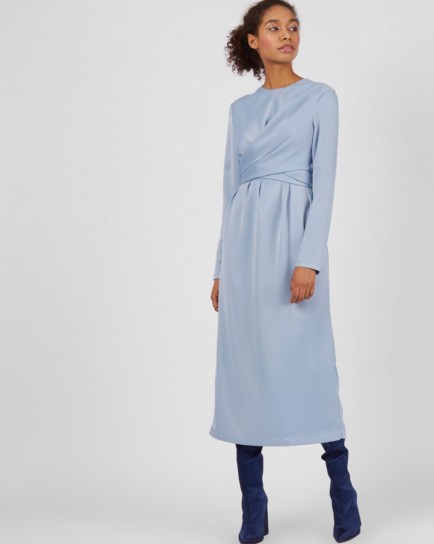 Платье миди с завязками на талии XSПлатья<br><br><br>Артикул: 82910851<br>Размер: XS<br>Цвет: Голубой<br>Новинка: НЕТ<br>Наименование en: Wrap front midi dress