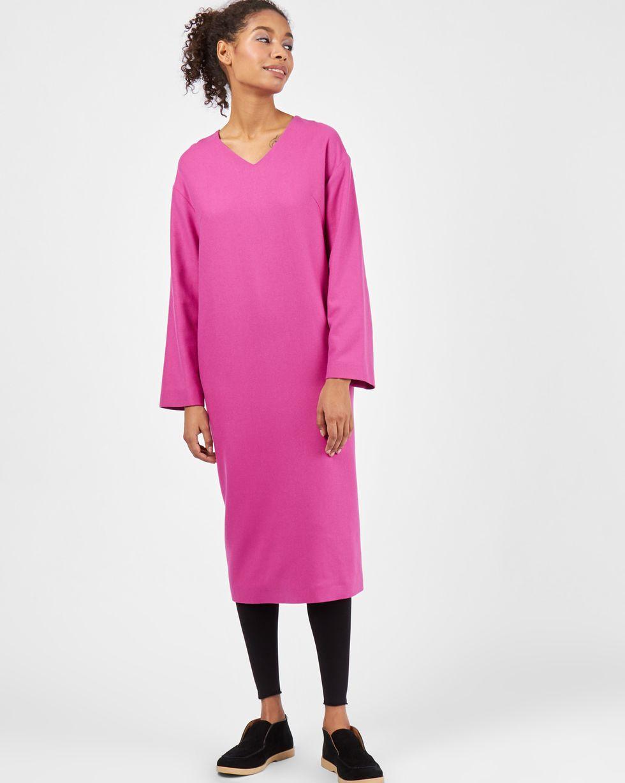 Платье со спущенными плечами LПлатья<br><br><br>Артикул: 82911806<br>Размер: L<br>Цвет: Фуксия<br>Новинка: НЕТ<br>Наименование en: Long sleeve drop shoulder dress