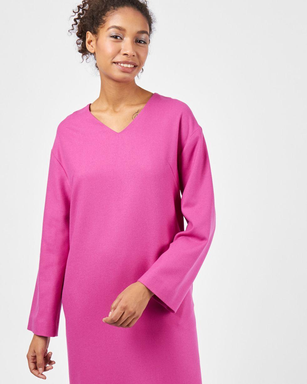 Платье со спущенными плечами SПлатья<br><br><br>Артикул: 82911806<br>Размер: S<br>Цвет: Фуксия<br>Новинка: ДА<br>Наименование en: Long sleeve drop shoulder dress