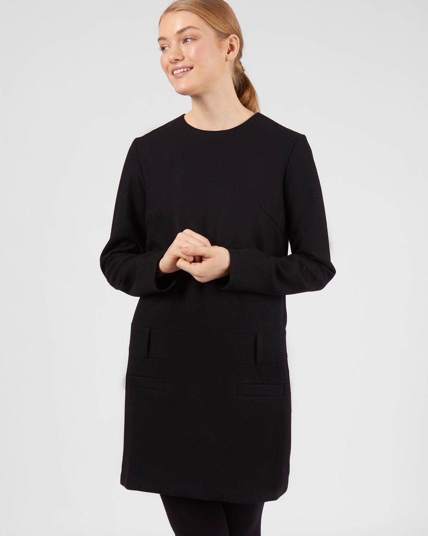Платье мини с заниженной талией XSПлатья<br><br><br>Артикул: 82911840<br>Размер: XS<br>Цвет: Черный<br>Новинка: НЕТ<br>Наименование en: Drop waist wool dress