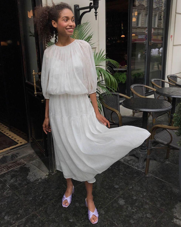 12Storeez Платье с объемными рукавами с блестками (белый) цена