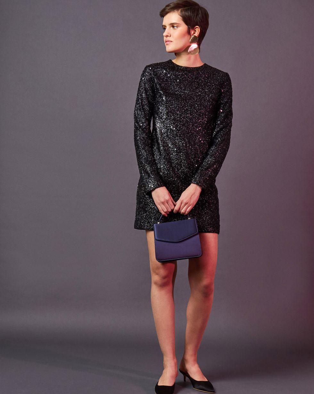 Платье мини из ткани металлик SПлатья<br><br><br>Артикул: 82912155<br>Размер: S<br>Цвет: Черный<br>Новинка: НЕТ<br>Наименование en: Fitted metallic-effect dress