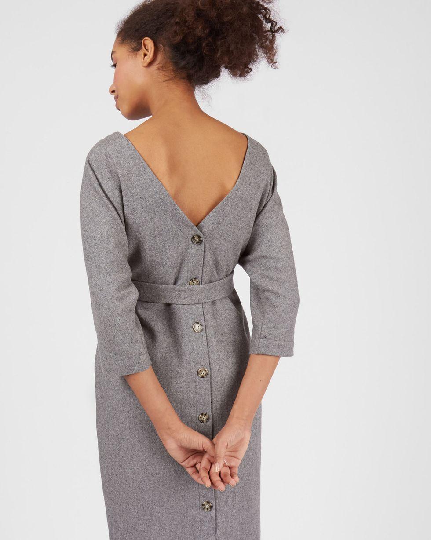 Платье миди с вырезом и пуговицами сзади XSПлатья<br><br><br>Артикул: 82912189<br>Размер: XS<br>Цвет: Серый<br>Новинка: НЕТ<br>Наименование en: Back v-neck midi dress