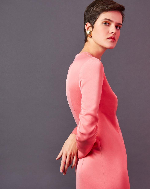 Платье миди с разрезом SПлатья<br><br><br>Артикул: 82912372<br>Размер: S<br>Цвет: Розовый<br>Новинка: НЕТ<br>Наименование en: Front slit maxi dress