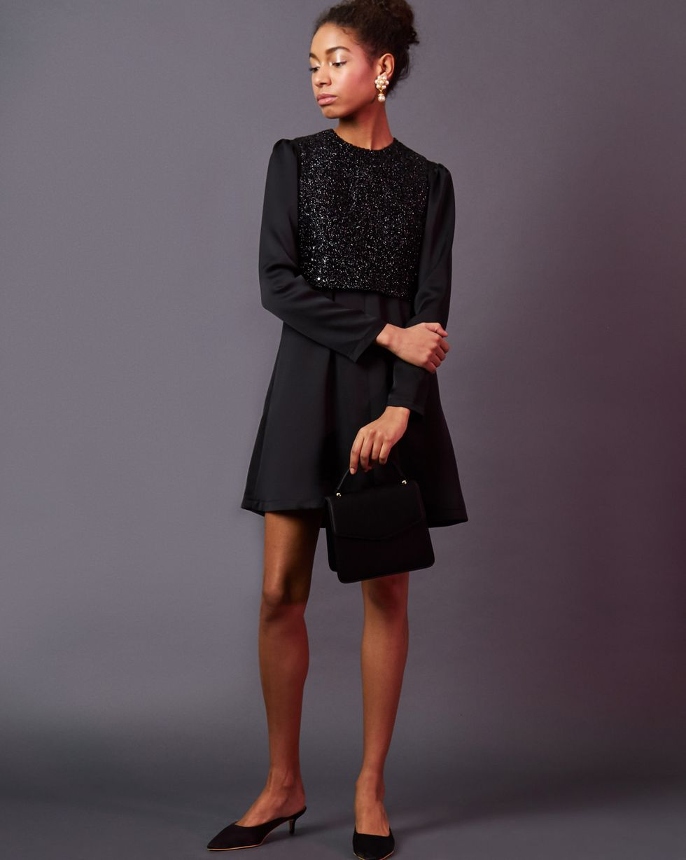 Платье мини с жилеткой MПлатья<br><br><br>Артикул: 82912421<br>Размер: M<br>Цвет: Черный<br>Новинка: НЕТ<br>Наименование en: Long sleeve mini dress