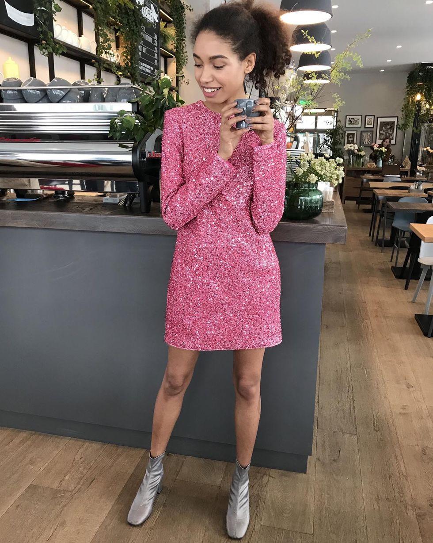 12Storeez Платье мини из ткани металлик (розовый)