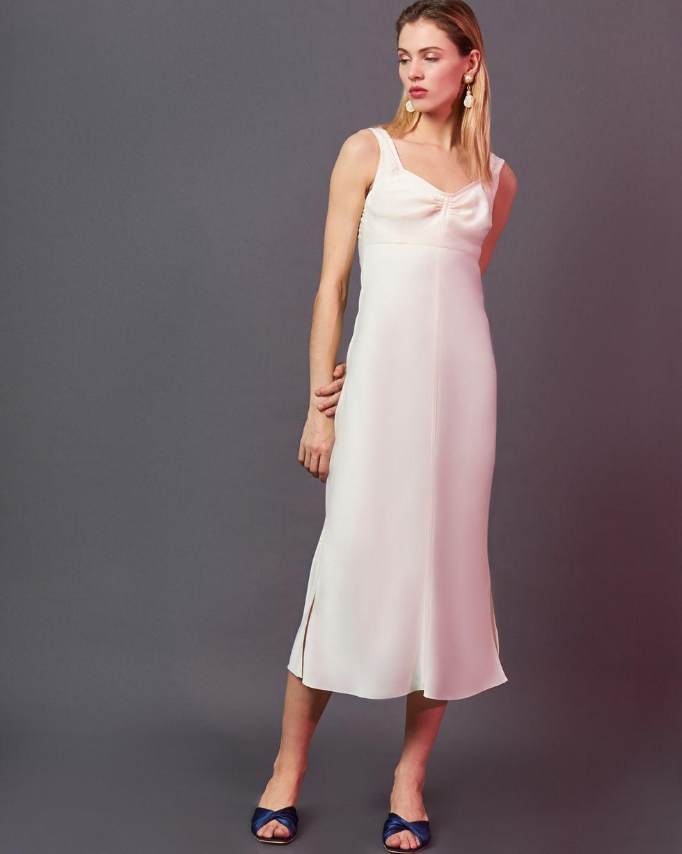 Комбинация на широких бретелях LПлатья<br><br><br>Артикул: 82912457<br>Размер: L<br>Цвет: Молочный<br>Новинка: ДА<br>Наименование en: Wide strap slip dress
