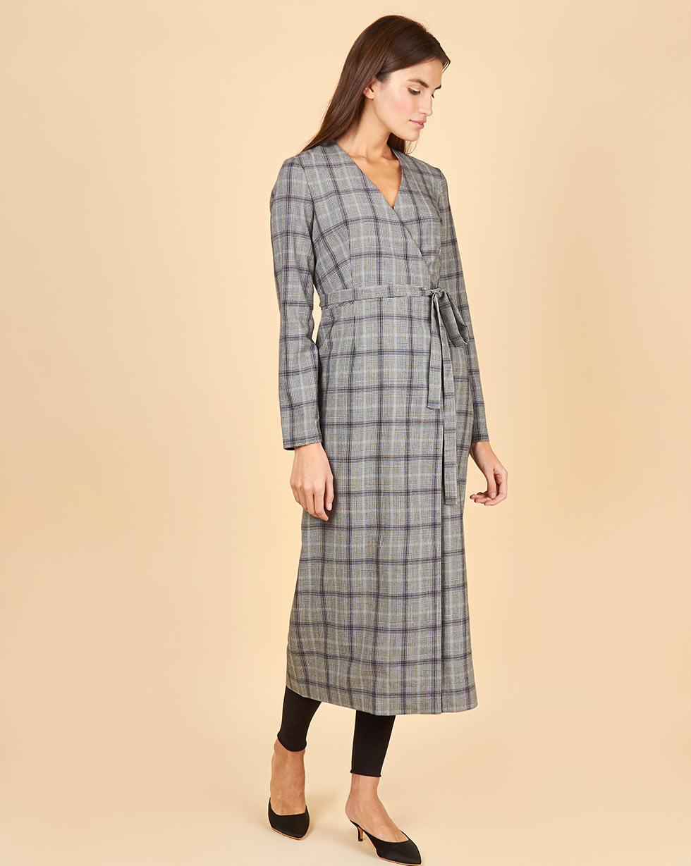 12Storeez Платье с длинными рукавами на запах в клетку (серый) блузка в клетку с воланами и длинными рукавами check