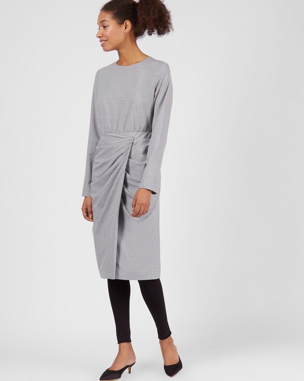 Платье миди с запахом на талии  MПлатья<br><br><br>Артикул: 82912862<br>Размер: M<br>Цвет: Светло-серый<br>Новинка: НЕТ<br>Наименование en: Waist detail long sleeve dress