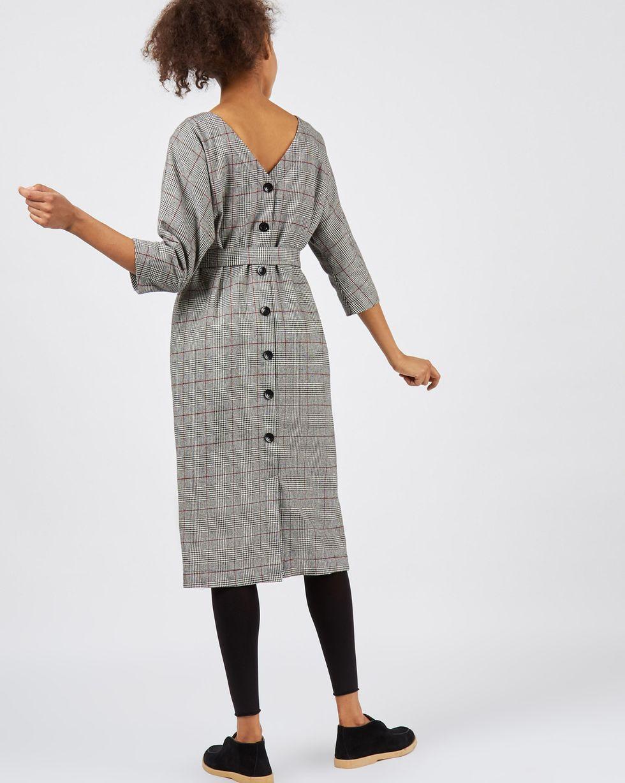 Платье миди с вырезом LПлатья<br><br><br>Артикул: 82913150<br>Размер: L<br>Цвет: Черный в клетку<br>Новинка: НЕТ<br>Наименование en: Back v-neck midi dress