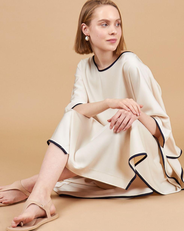 12Storeez Платье макси летучая мышь (молочный) tia в европе и одно плечо диагональ малый мешок 2015 новый винтаж летучая мышь сумка сумочка красные крылья волны
