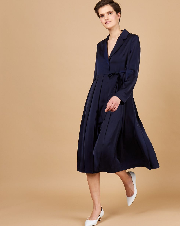Платье-жакет со складками XSПлатья<br><br><br>Артикул: 82913895<br>Размер: XS<br>Цвет: Темно-синий<br>Новинка: НЕТ<br>Наименование en: Pleated front jacket dress