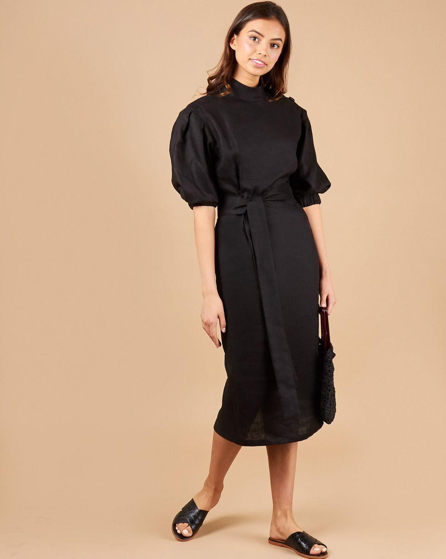 12Storeez Платье миди с пуговицами на плечах (черный)