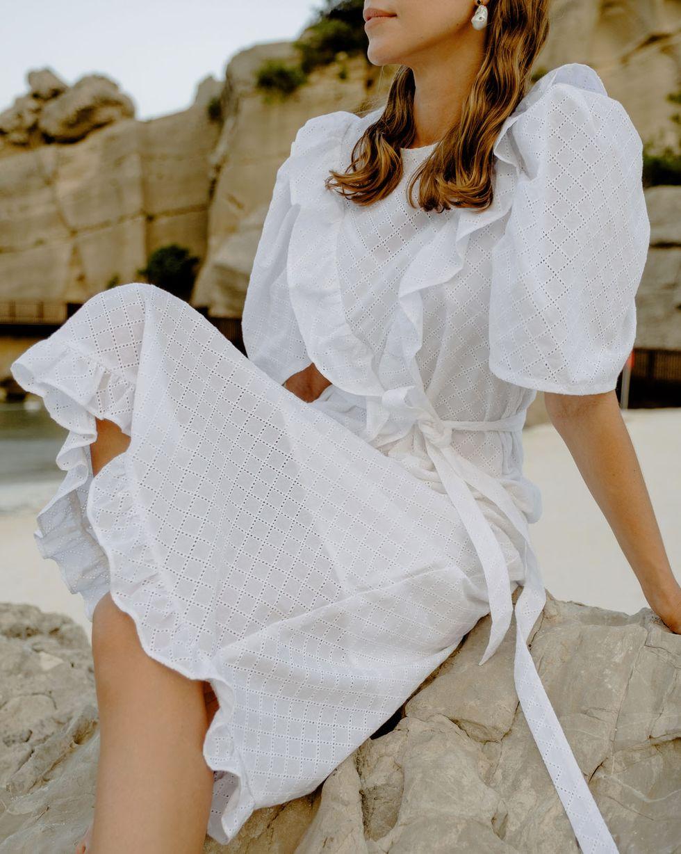 12Storeez Платье миди с объемными рукавами (белый) 12storeez платье из бархата с объемными рукавами черный