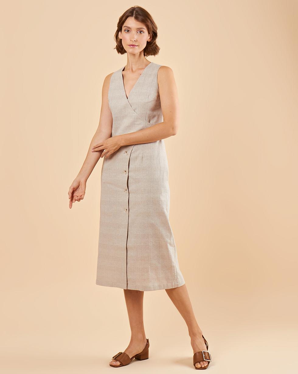 12Storeez Платье с запахом на пуговицах (бежевый) недорго, оригинальная цена