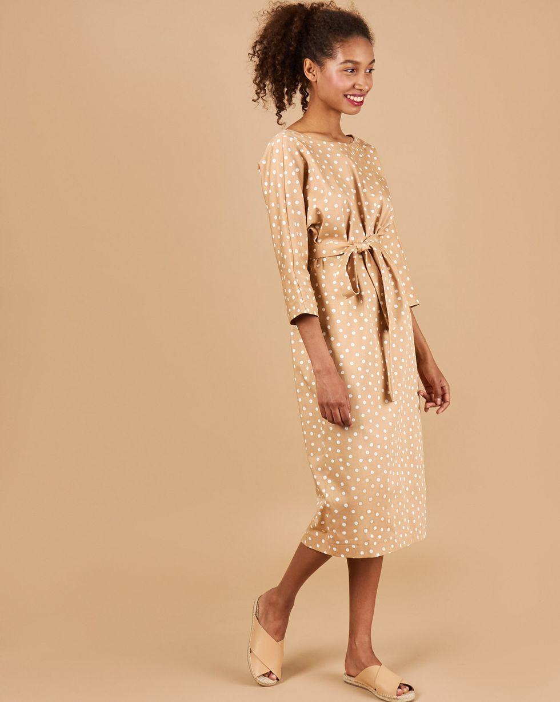 12Storeez Платье миди с вырезом  пуговицами сзади (бежевый  горох)