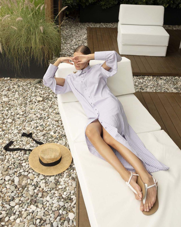 12Storeez Платье-рубашка с разрезами на рукавах (светло-серый в полоску) платье рубашка в полоску dynastie