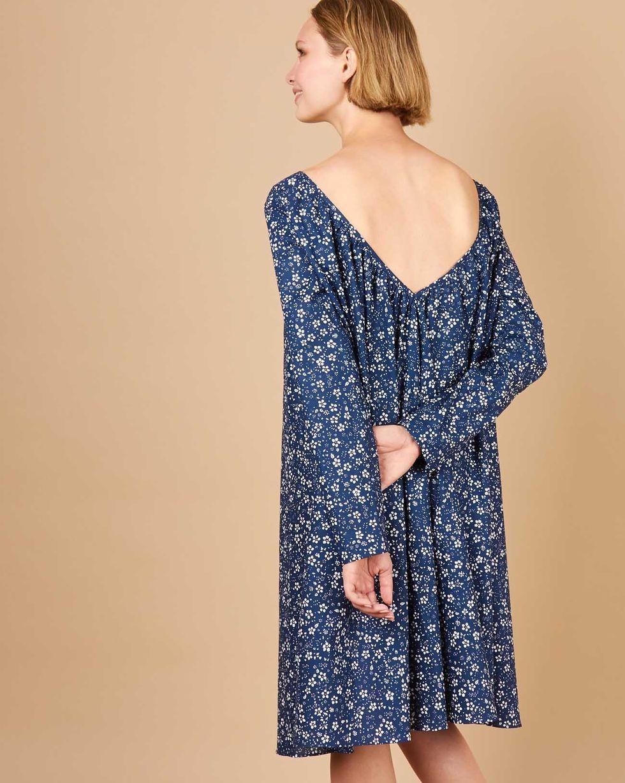 12Storeez Платье миди с вырезом на спине в цветок (темно-синий)