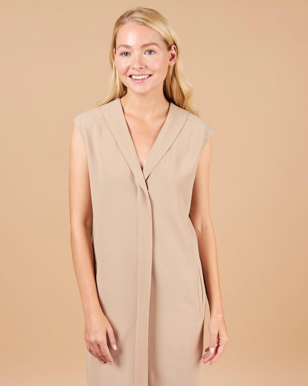 12Storeez Платье миди без рукавов со шлицей (светло-бежевый)