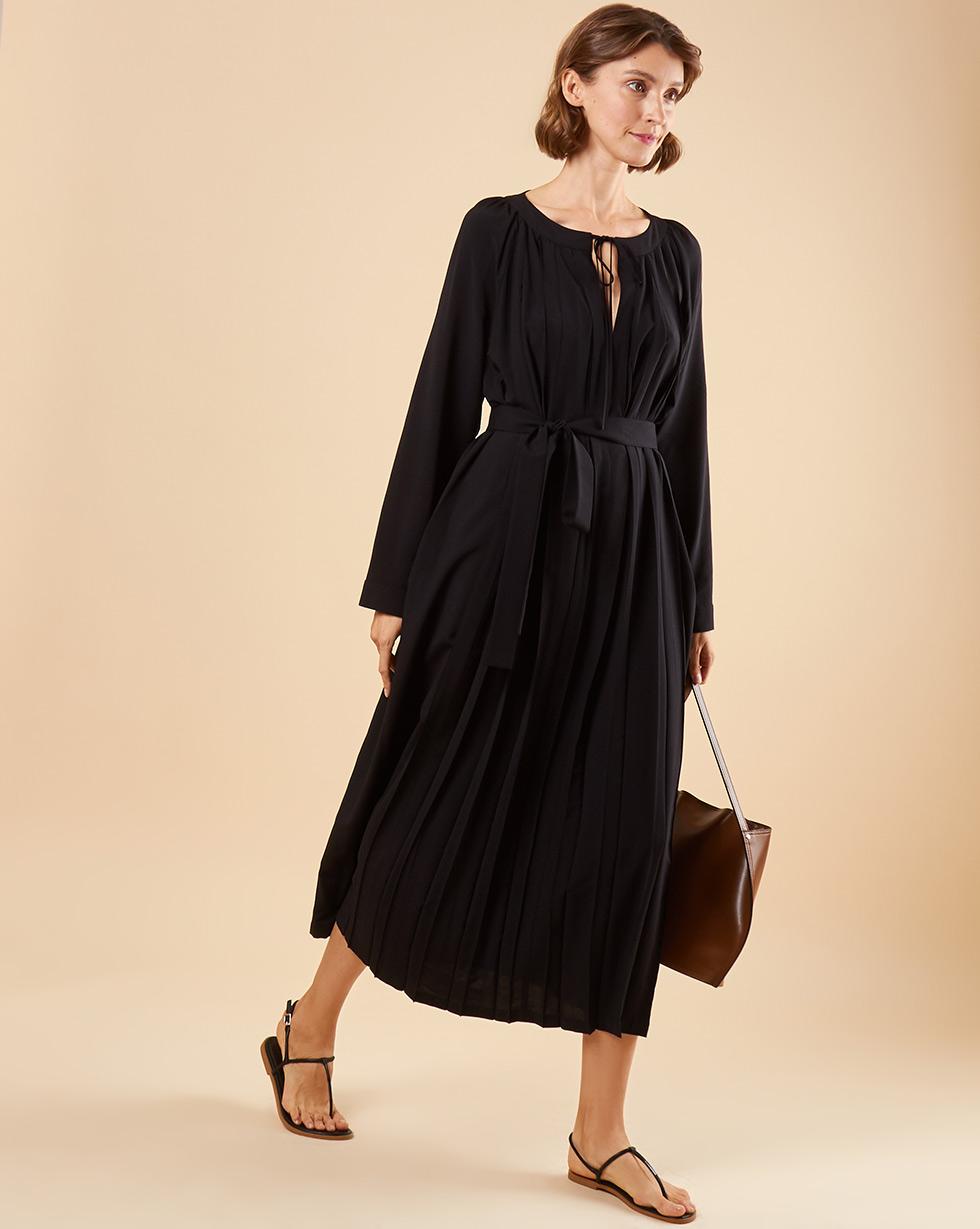 12Storeez Платье со складками и поясом (чёрный)