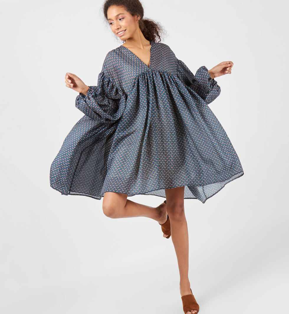 Платье с объемными рукавами One sizeПлатья<br><br><br>Артикул: 8296875<br>Размер: One size<br>Цвет: Серо-голубой<br>Новинка: НЕТ<br>Наименование en: Lantern sleeve oversized dress