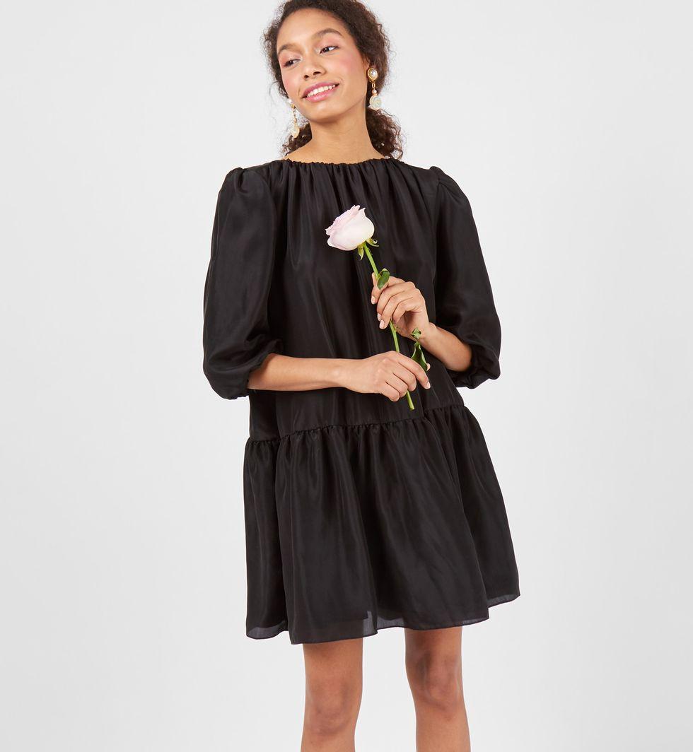 12Storeez Платье «Облако» (черное) черное платье со складками 46