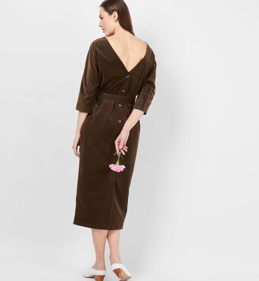 Платье миди с вырезом и пуговицами сзади (зелено-коричневое)
