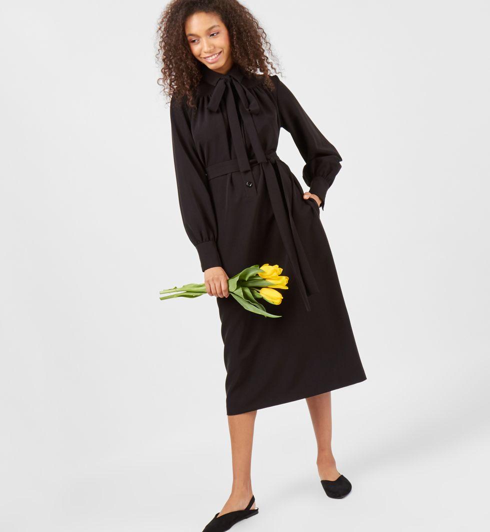 Платье на поясе с бантом (черное)