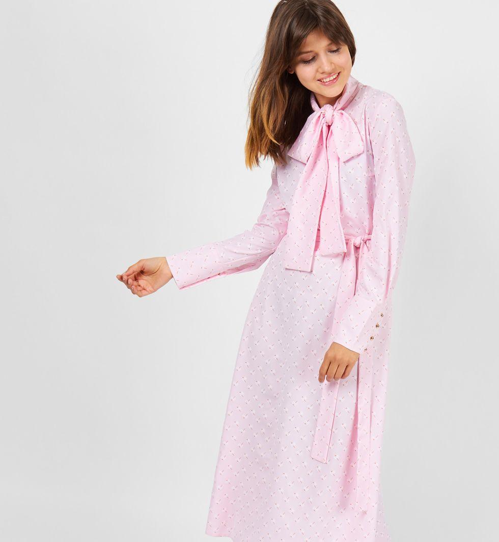 Платье с бантом Sплатья<br><br><br>Артикул: 8298559<br>Размер: S<br>Цвет: Розовый<br>Новинка: ДА<br>Наименование en: Bow neck dress
